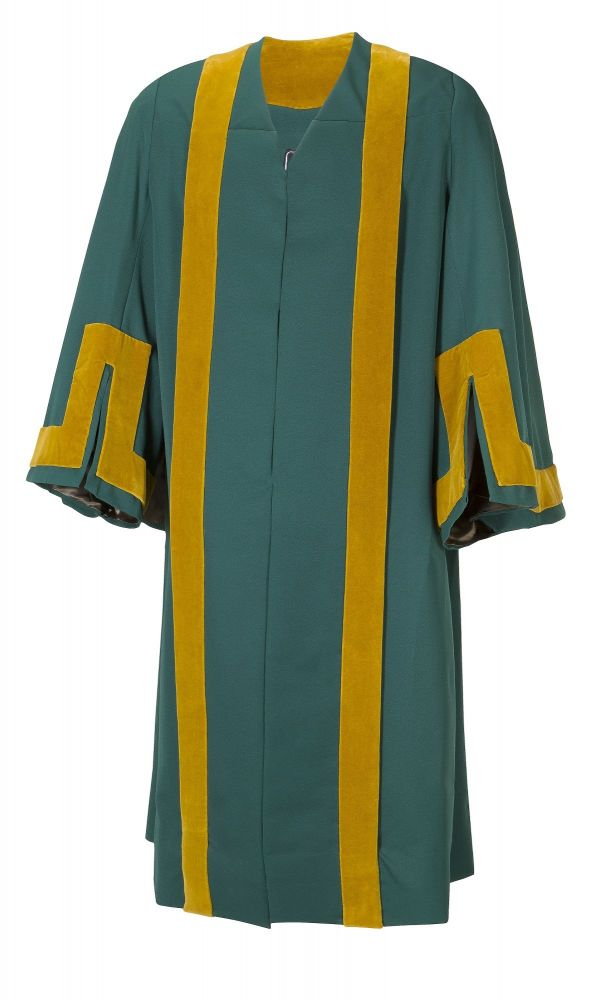 councillors_gown0001443950620.jpg